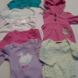 Long sleeves 6-9months lot